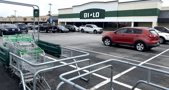 Food Lion buys 62 BI-LO and Harveys Supermarket stores
