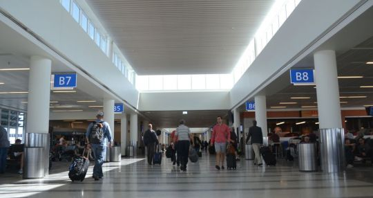 Charleston airport handles record 3.7M passengers in 2016