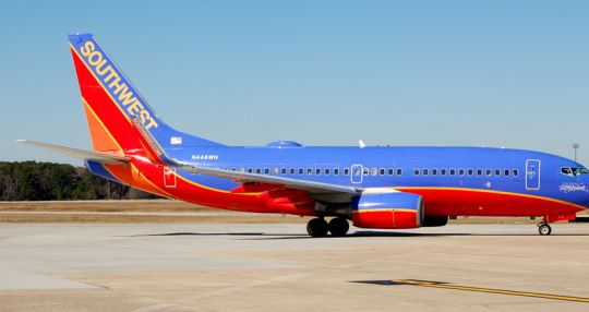 Southwest resumes daily flights from CHS to Denver