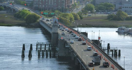 Charleston City Council approves Ashley River Bridge bike lane