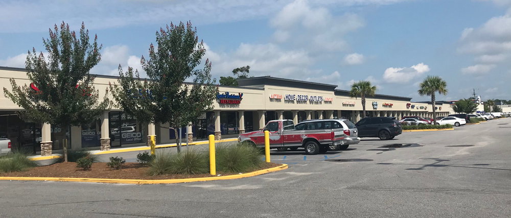 Gas Lite LLC In The Lease Of 18128 Square Feet Retail Space At 5613 Rivers Ave North Charleston To Home Decor Liquidators