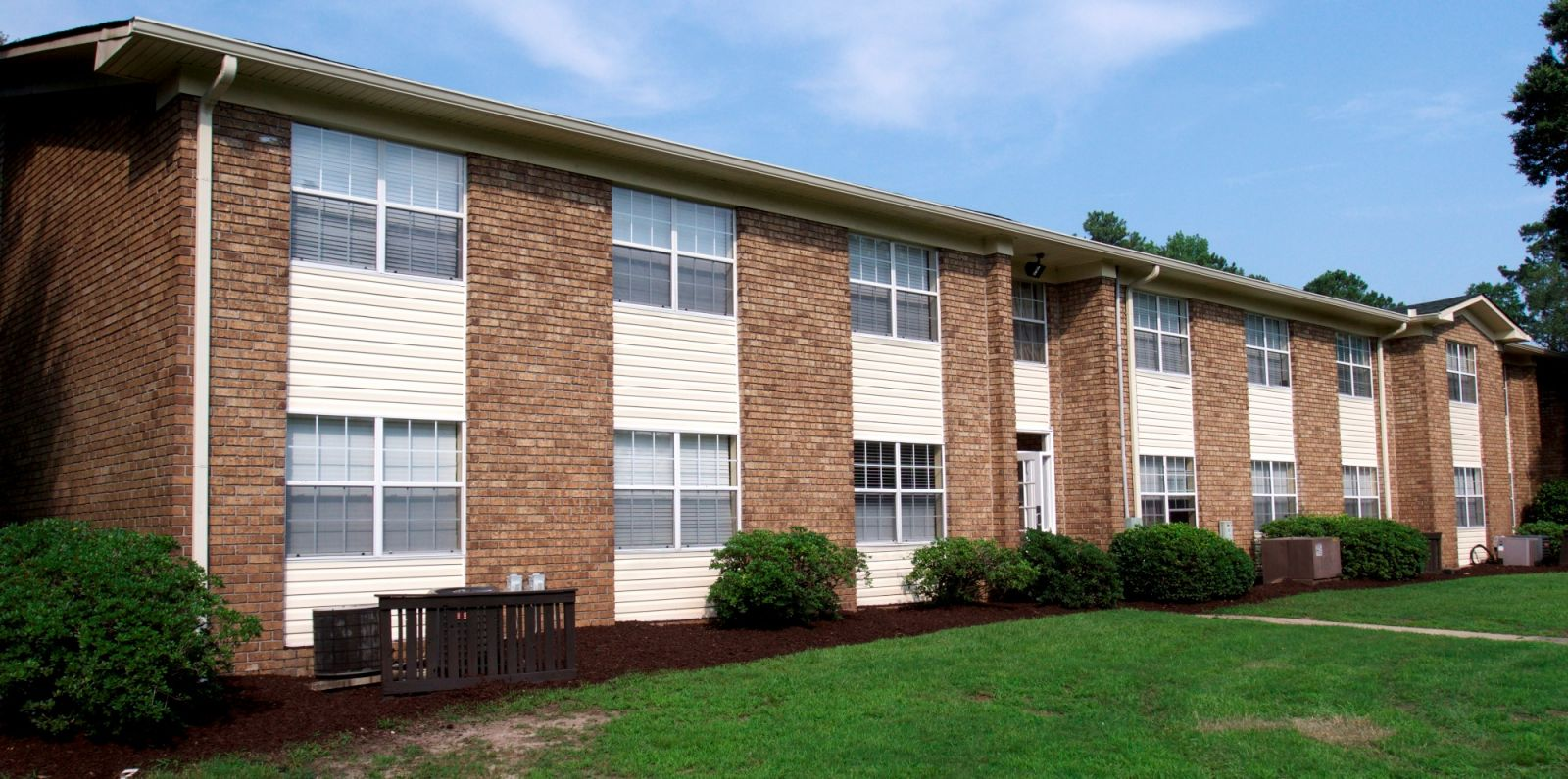 North Charleston Apartment Complex Sold For 12 8 Million
