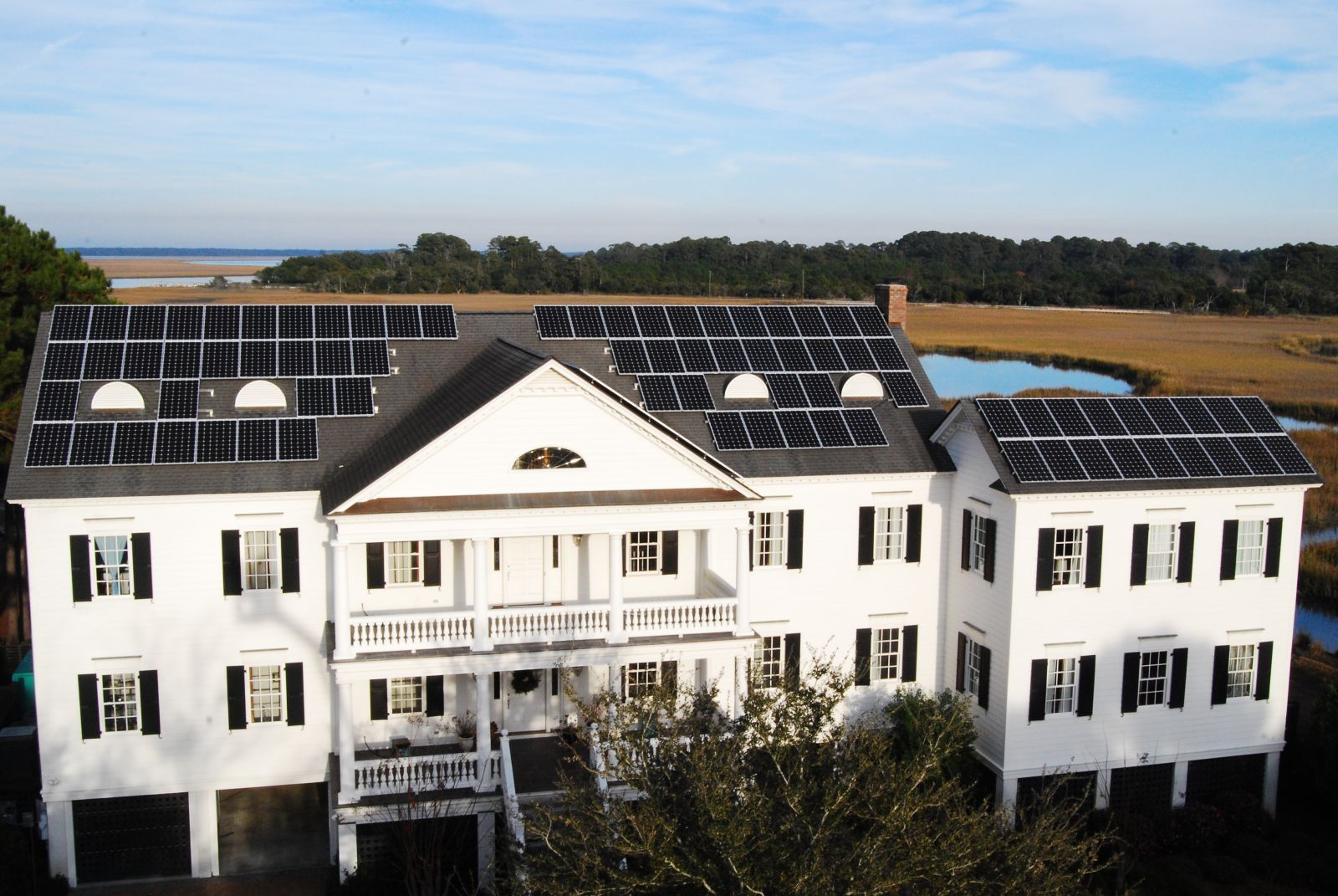 Southern Current deploys solar panels on homes and offices, and builds solar farms. (Photo/Provided)